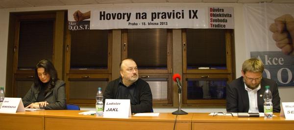 V pořadí již devátých Hovorů na pravici se zůčastnil i bývalý tajemník prezidenta Václava Klause Ladislav Jakl.
