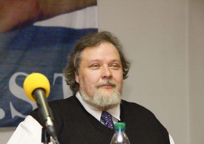 Petr Bahník rovněž pozorně naslouchal všem příspěvkům.