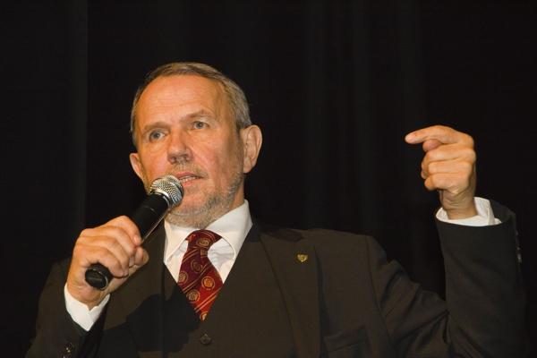 Petr Hájek: Autorské čtení – Večer k pátému výročí Akce D.O.S.T. – 19. 11. 2012