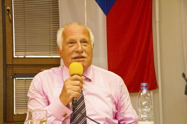 Prohlášení Akce D.O.S.T. na obranu prezidenta republiky Václava Klause