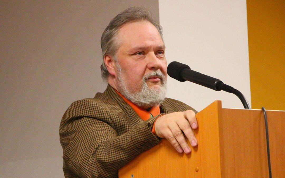 Petr Bahník: Vrhli jsme se do náruče Západu přesně vokamžiku, kdy jím přestal být – Rozhovor pro Parlamentní listy 27.10.2018