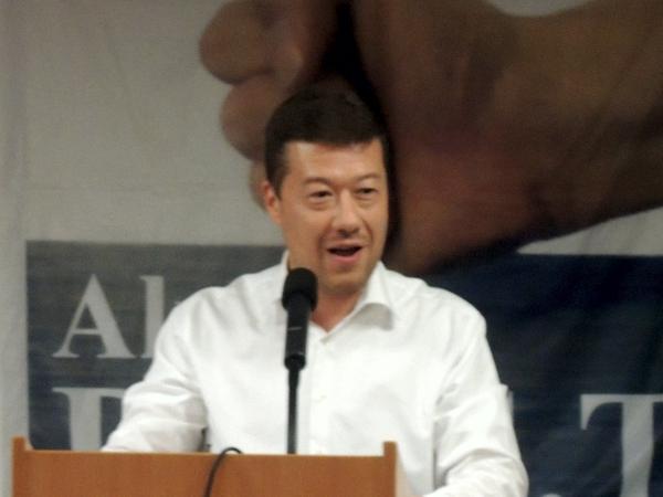 Tomio Okamura poblahopřál kdesátému výročí D.O.S.T.
