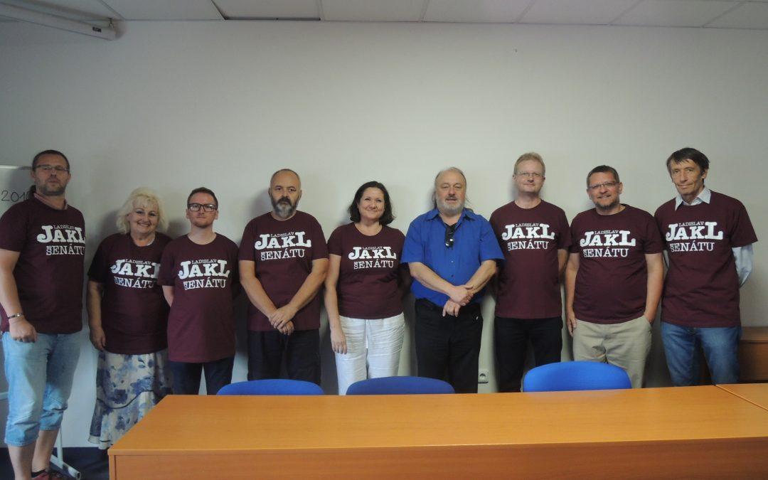 Ladislav Jakl zahájil kampaň setkáním se svými podporovateli z Akce D.O.S.T.